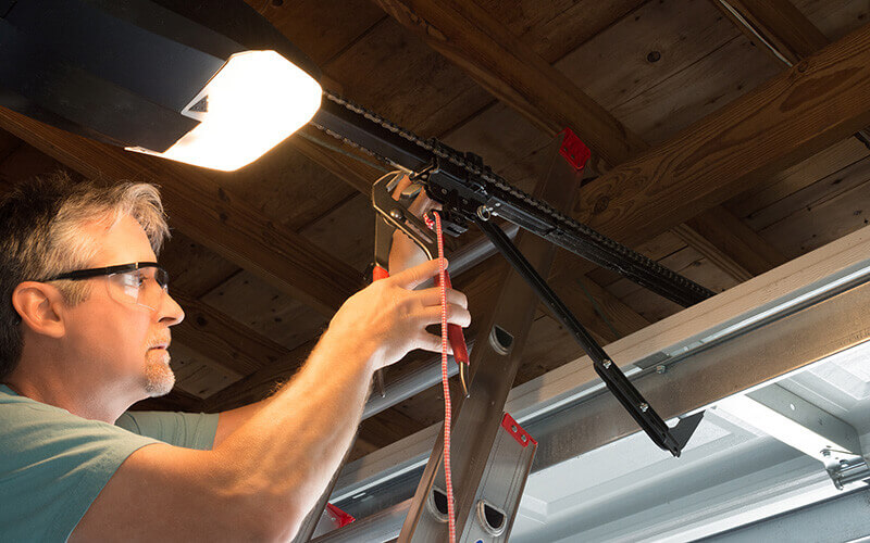 chamberlain garage door opener repair service technician